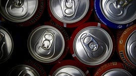 OMS pide más impuestos a bebidas azucaradas para combatir obesidad y diabetes