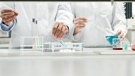 Bacterias diseñadas genéticamente convierten el dióxido de carbono en combustible