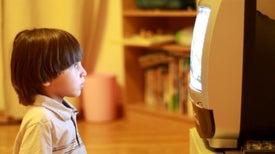 ¿Quiere que su hijo duerma más? Saque los dispositivos electrónicos de su dormitorio
