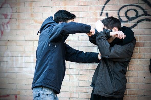 La violencia se disemina entre los amigos como una infección