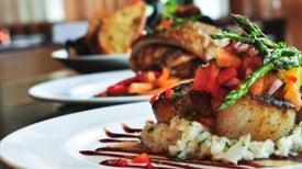 La comida de los restaurantes no es más saludable que la comida rápida