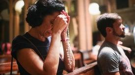 Estudio asocia ir a misa con la longevidad