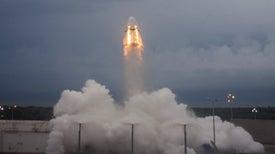 Space X saca buena nota en prueba debut de su cápsula para vuelos espaciales tripulados