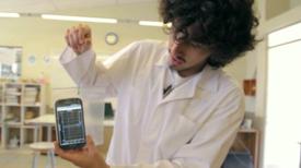 ¿Cómo llenar Latinoamérica con laboratorios de ciencias? ¡Con celulares!