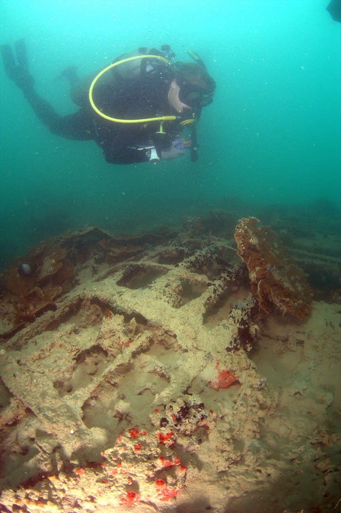 Pearl Harbor Underwater : Archaeologists survey seaplanes sunk during pearl harbor