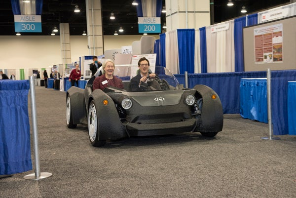 ellen-williams-rides-in-3d-printed-car