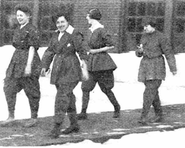 Women Workers Fill the Factories, 1917 - Scientific American Blog ...