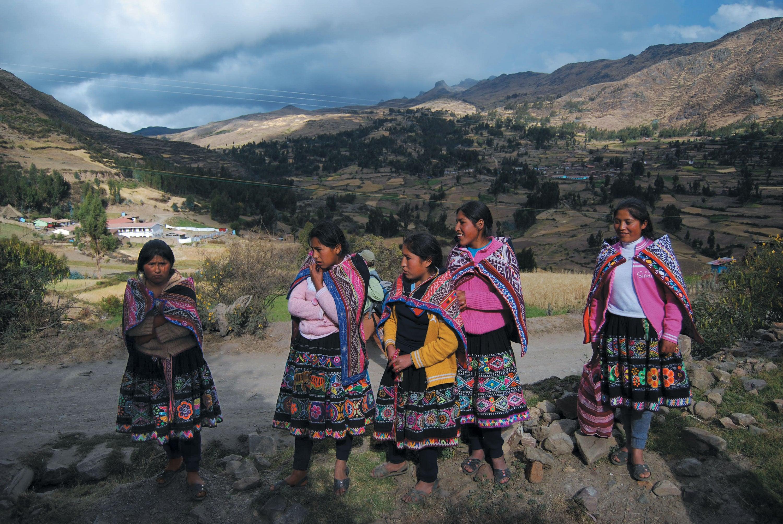Quechua Indigenous women having a conversation.