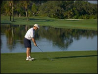 golfer-and-water-hazard