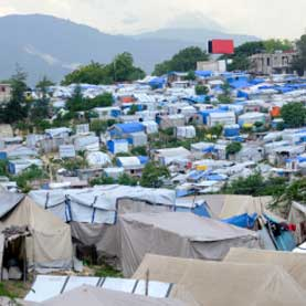 refugee camps in haiti where cholera is spreading