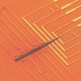 17773. 10.02.2011.  Новости.  На основе нанопроводов создана программируемая логическая схема.
