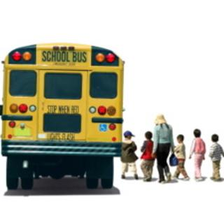 yellow-school-bus-kids-lining-up