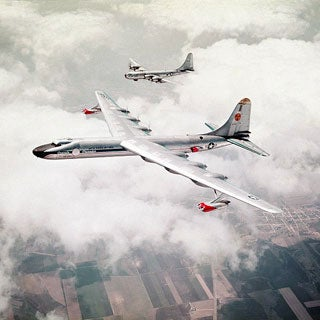 http://www.scientificamerican.com/media/inline/nuclear-powered-aircraft_1.jpg