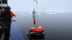 Undersea Robot Explores Life below Arctic Ice [Video]