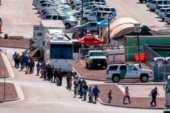 Detained Migrant Children Need Continuous Medical Care