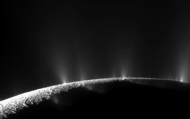 Saturn's moon Enceladus may Harbor life