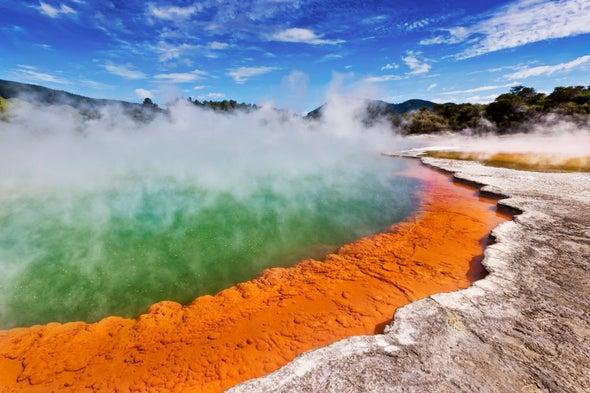"""Zombie Volcano"" Slowly Grows beneath New Zealand"