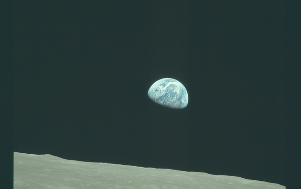 < >阿波罗8号,50年后:更大的飞跃