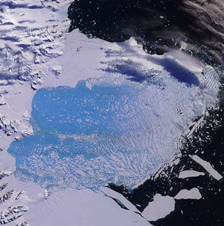 Warmer Antarctica Shows Climate Changing on Every Continent
