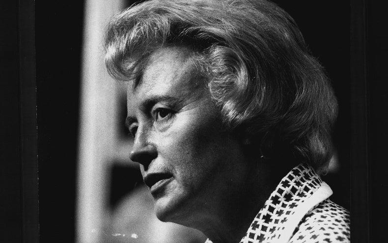 Margaret Burbidge, Astronomer Who Studied the Inner Workings of Stars, Dies at 100