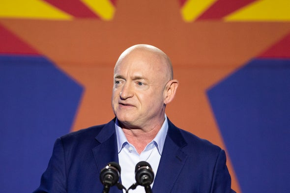 Mark Kelly Becomes 4th Astronaut Elected to Congress