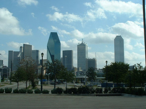 Scores of People Potentially Exposed to Dallas Ebola Patient