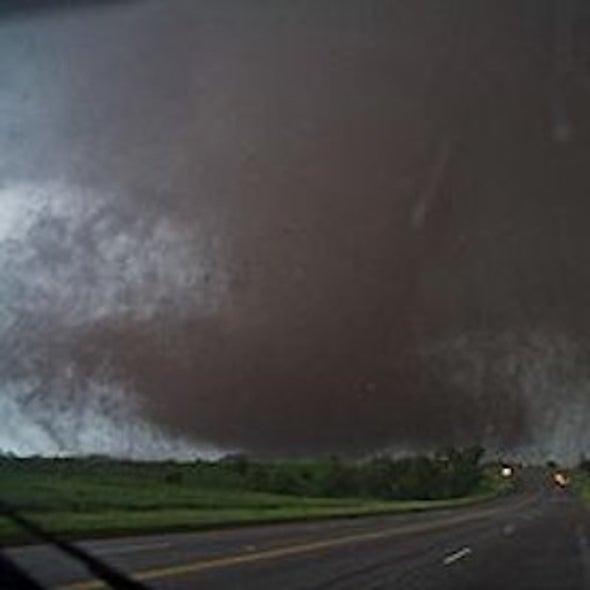 Large 200 MPH Tornado Hits Suburb of Oklahoma City