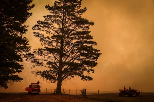 As Fires Rage, Australia Pushes to Emit More Carbon