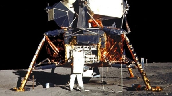 scientificamerican.com - Eliene Augenbraun - Take a Round-Trip to the Moon on Apollo 11