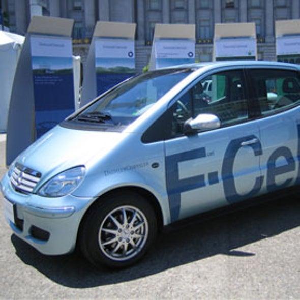 Will Cheap Natural Gas Resurrect the Hydrogen Car?