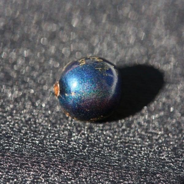 Berry Brillant: Indigo Fruit Lacks Blue Pigment