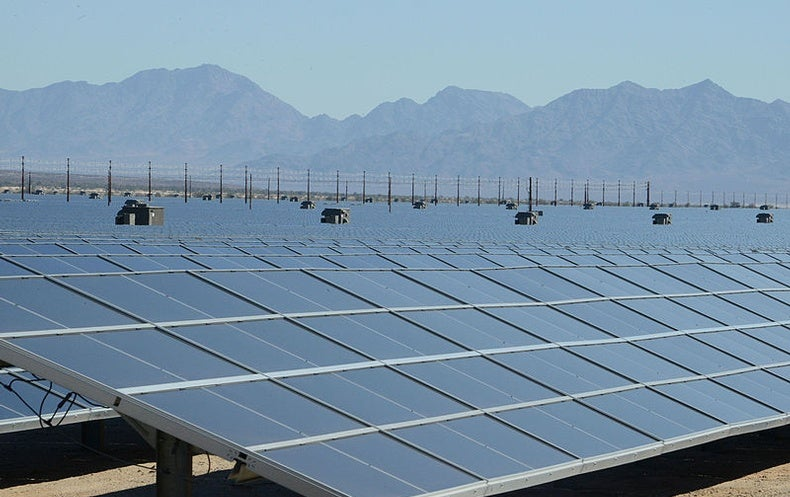 Solar Looks to Outpace Natural Gas and Wind
