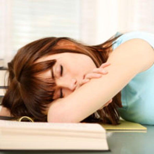 Less Sleep Linked to Blues in Teens
