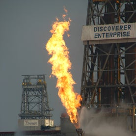 It's a Gas: Light Hydrocarbons Drove Microbial Blooms Cleaning Up the Gulf Oil Spill