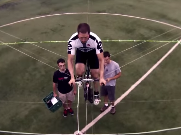 """Watch the Record-Setting Flight of """"Atlas,"""" the Human-Powered Helicopter"""