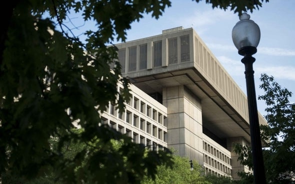 FBI pressures Internet providers to install surveillance software