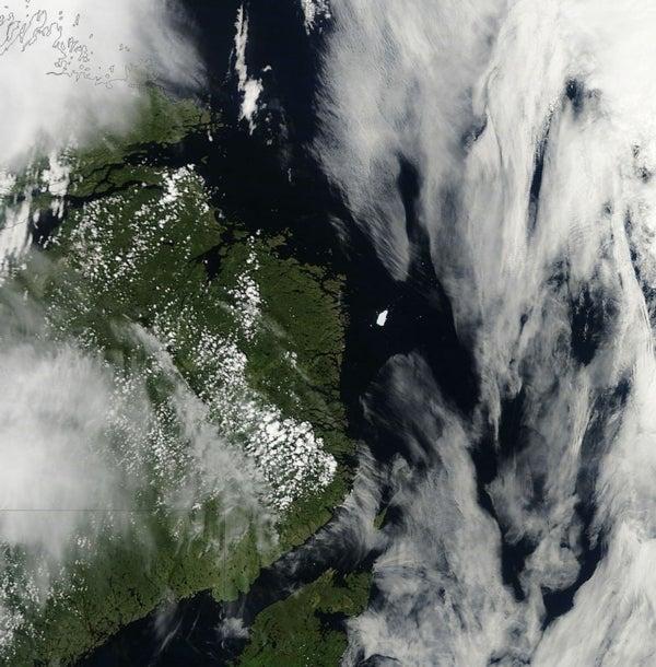Manhattan-Size Iceberg Drifts along Canadian Coast