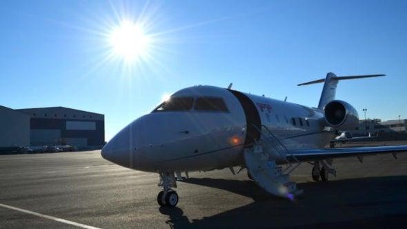 Gogo unveils in-flight text, talk service at 30,000 feet