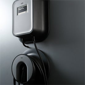 Circuit Breaker? Electric Car Popularity May Depend on Home Energy Management