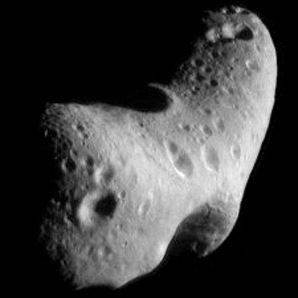 Asteroids Get a Surface Makeover When They Pass Near Earth
