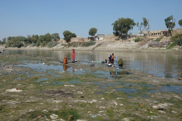 Pakistan Is Racing to Combat the World's First Extensively Drug-Resistant Typhoid Outbreak