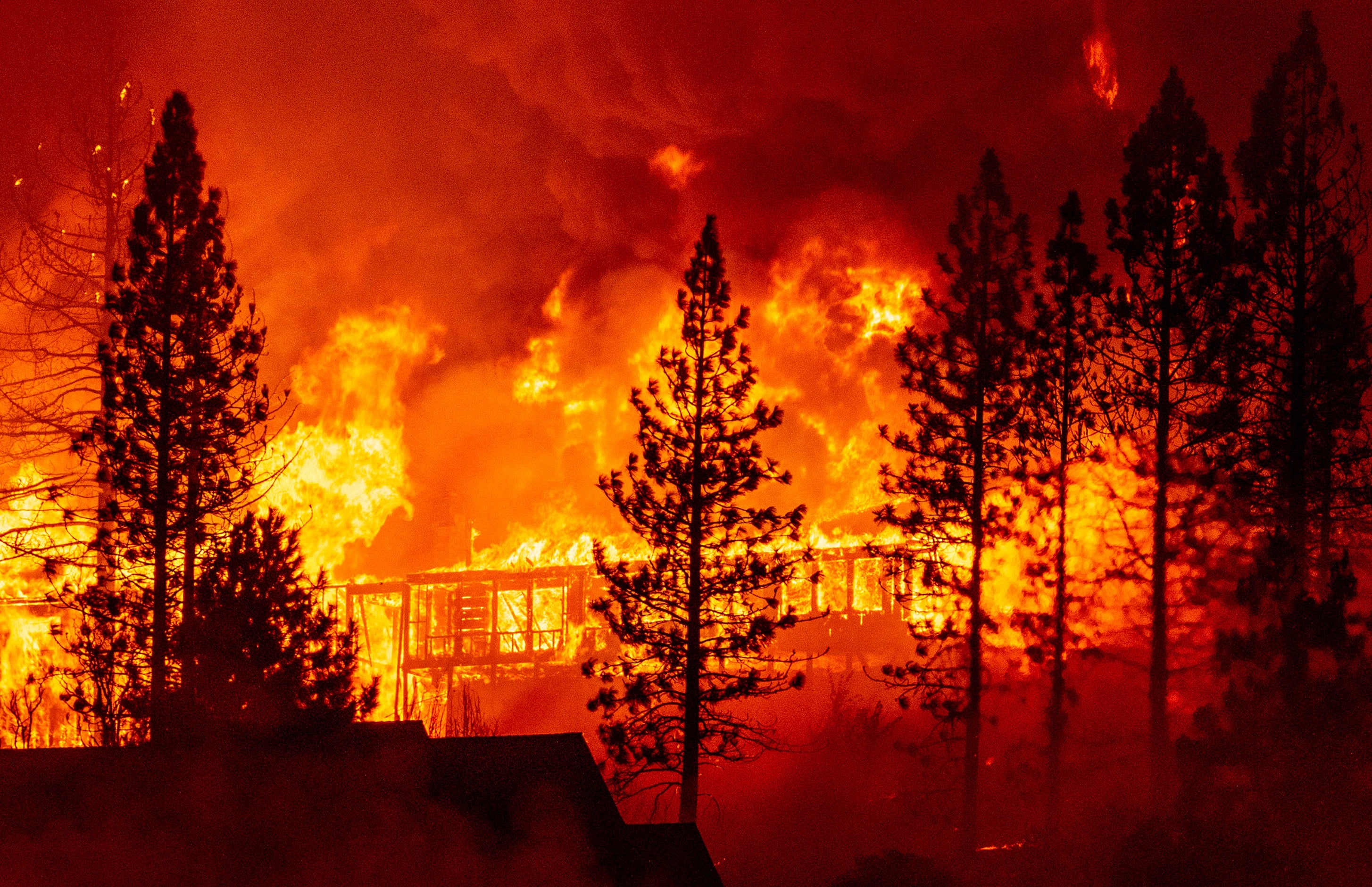 Severe Wildfires Raise the Chance for Future Monstrous Blazes - Scientific  American