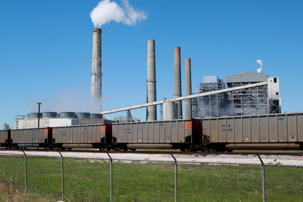 World\'s Largest Carbon-Capture Plant to Open Soon - Scientific American