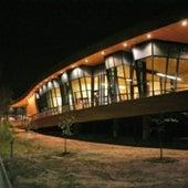 RENEWABLE BUILDING