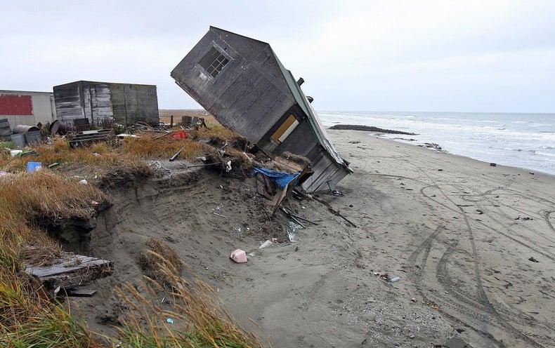 Alaska's Coast Is Vanishing, 1 Storm at a Time