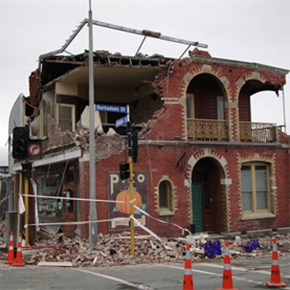 what plates caused the christchurch earthquake 2011
