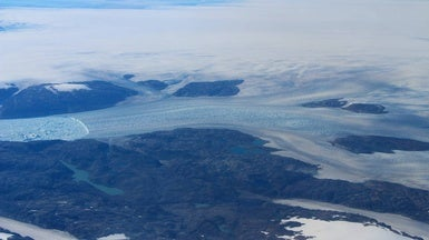 Icy Lakes in Greenland Drain into the Ocean