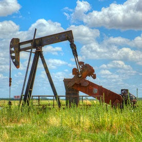 How to Make CO2 Better at Extracting Oil