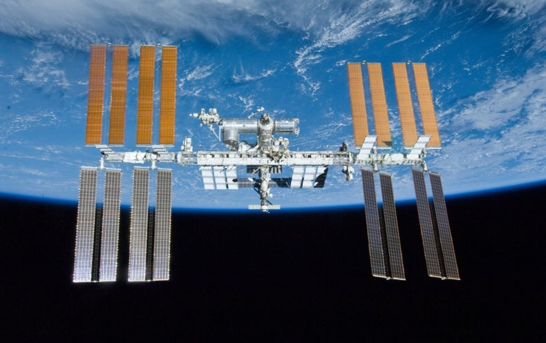 "Tiny ""Chipsat"" Spacecraft Set for First Flight"