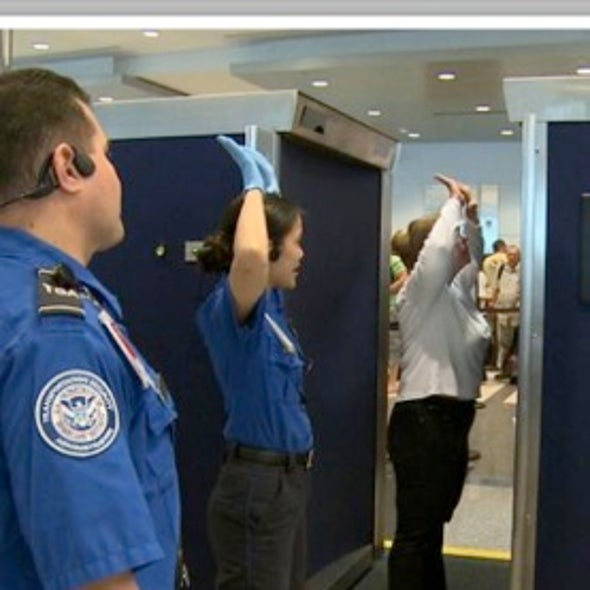 Europe Bans X-Ray Body Scanners Used at U.S. Airports